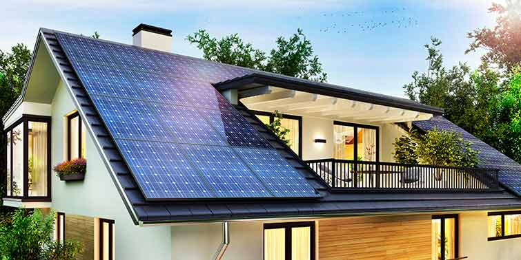 Poner placas solares durante la reforma