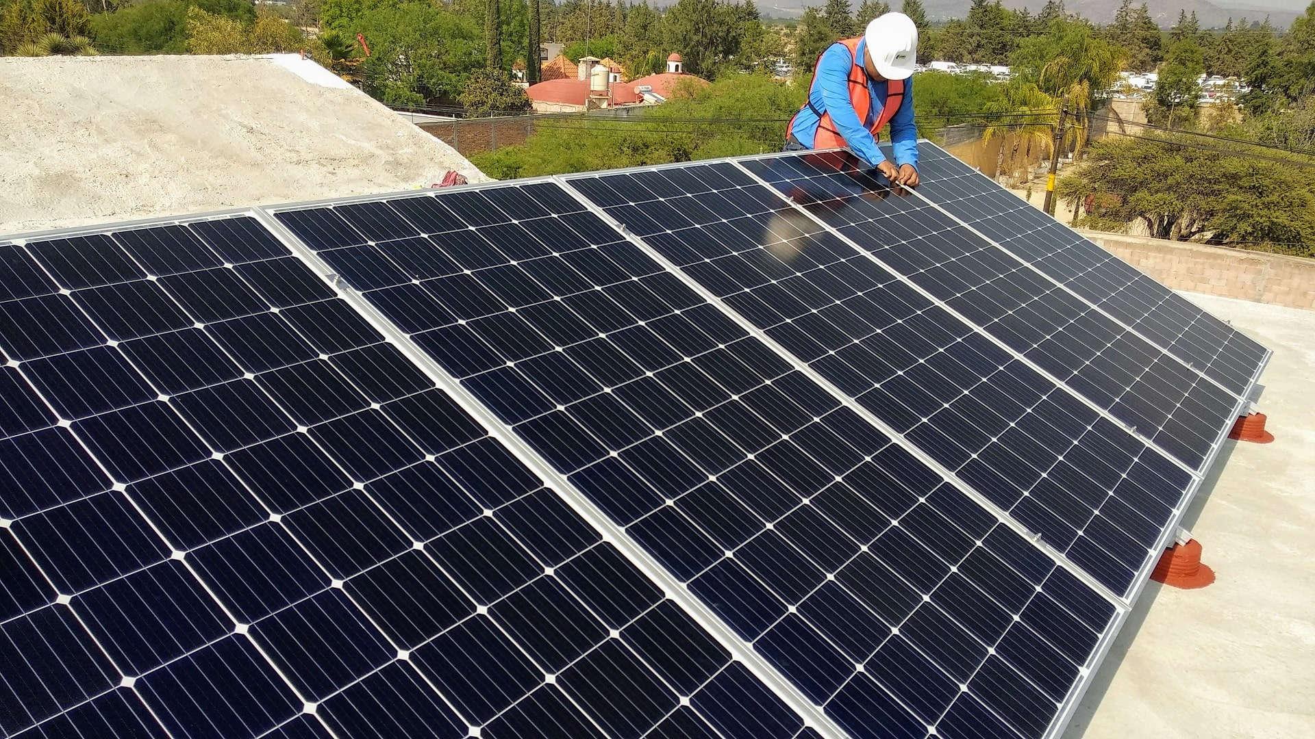 Placas solares piso